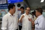 Bí thư Nguyễn Thiện Nhân thăm người dân quận 4, quận 2